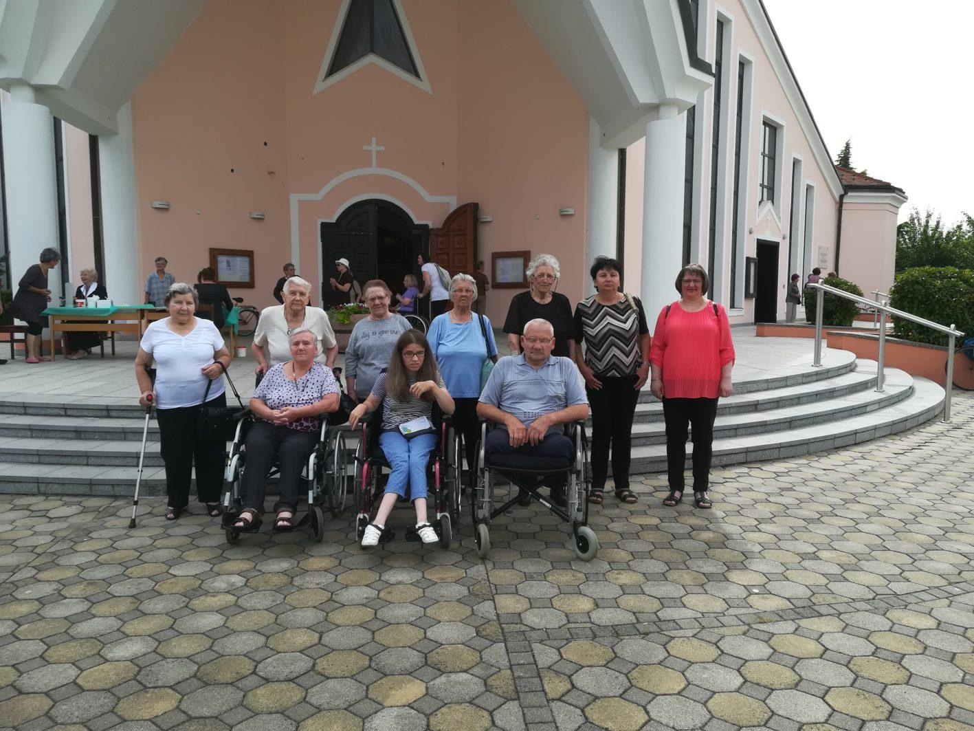 Mjesta za duhovna druženja za starije osobe